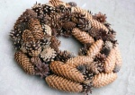pinecone wreath pic.jpg